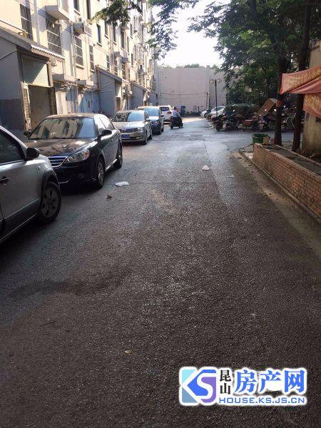 昆山张浦镇中心 单身公寓型一室一厅 36万出售