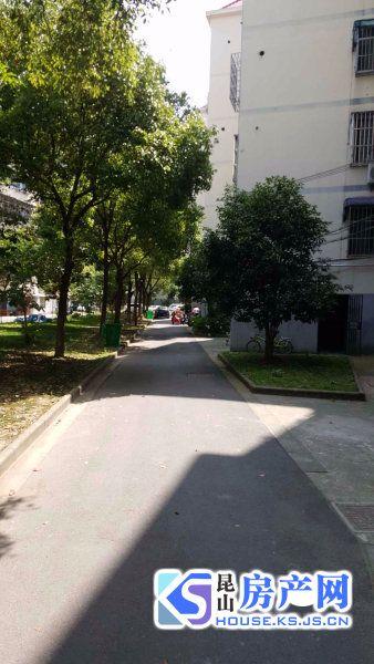 出售玉龙东村2室2厅1卫55平米96万住宅