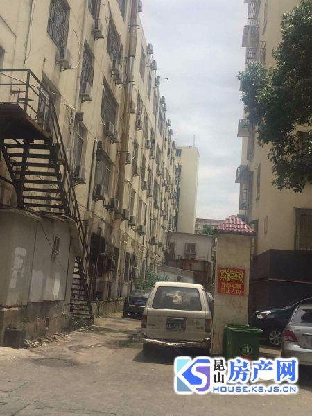出租富阳新村2室1厅1卫92平米2200元/月住宅
