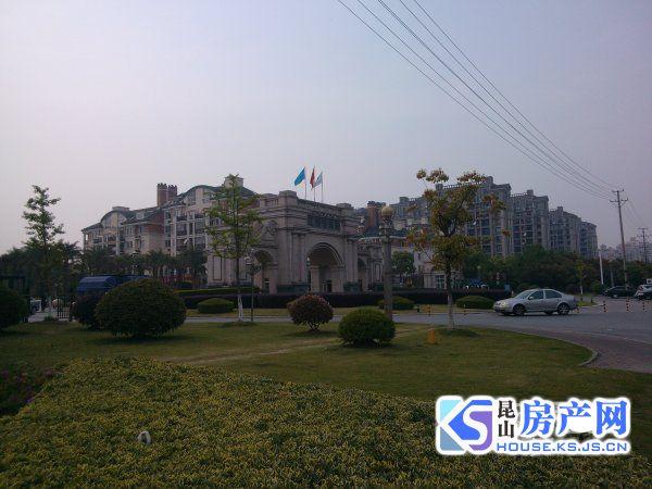江南明珠苑楼王位置 精装大四房首次出租
