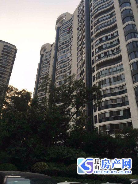 时代中央花园 精装大三房 飞机户型 近地铁 娄江双学区可用 满2少税 采光刺眼