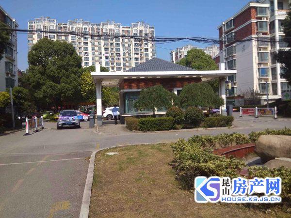 东辉缘2房,学区未用,自行车库17.25平方