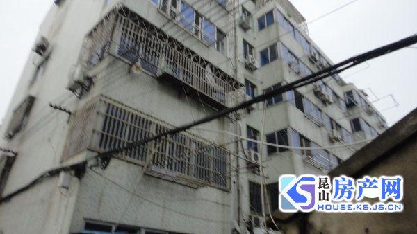 北门路九方城商圈 海峰公寓大两房满二 城北中学未用 送车库