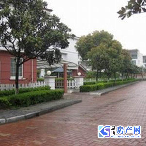 城北双学区 秀峰中学边上 满两年 学区未用 看房随时