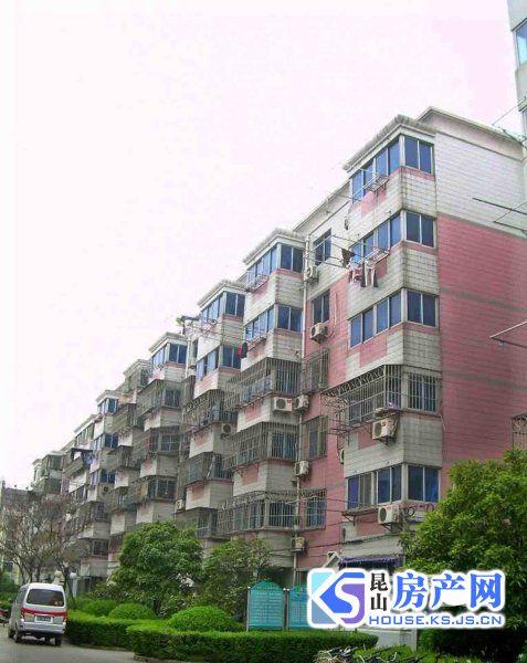 玉龙新村 市中心3房 简单装修 房东当毛坯卖 S1线 地铁房 金鹰商圈
