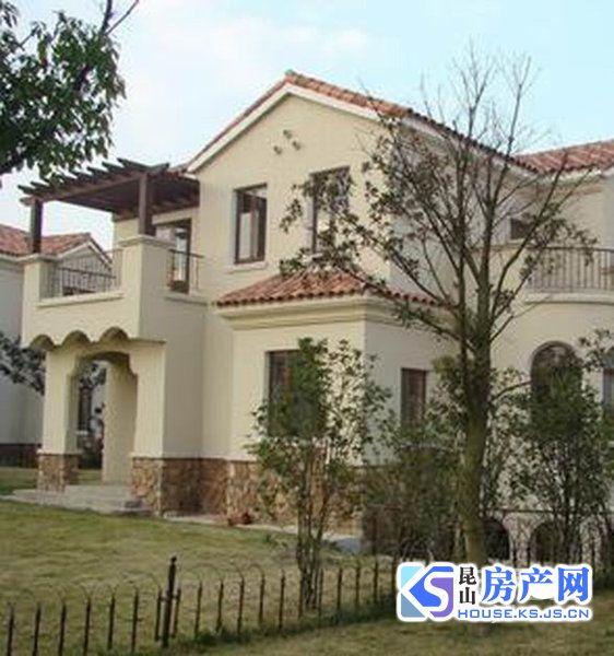 檀香园独栋别墅 临大河 占地两亩 小区中心位置 性价比高