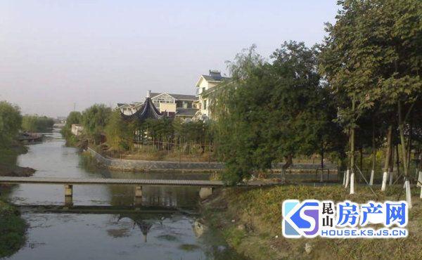 万方江南森林独栋别墅 占地2亩 花园800平 随时看房