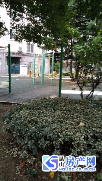玉虹新村,葛江中学,有汽车库,可随时看房