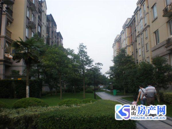 首付仅需30万 买红杨花园大两房 可上学可落户中间楼层 看房随时
