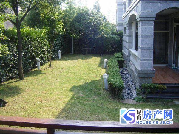 城西前进路地铁沿线 阳澄湖边稀有别墅 锦绣蓝湾 带大花园