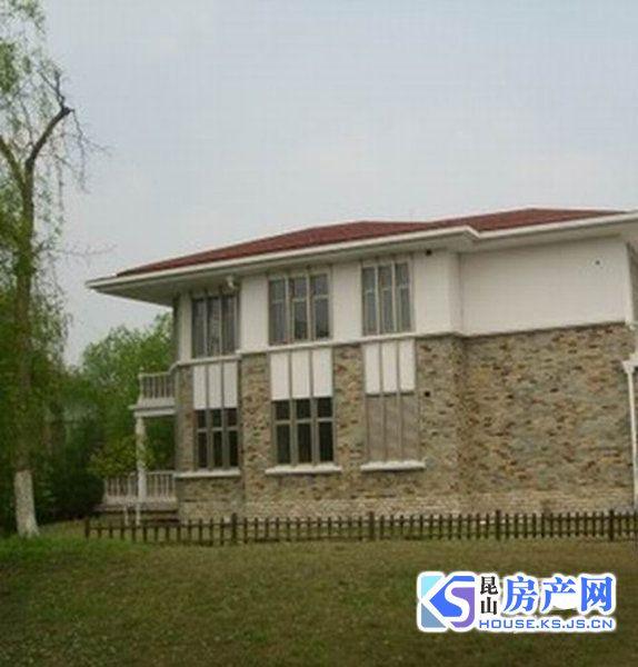 克拉水城独栋别墅出租,酒店式套房装修,7个房间,房东诚心出租,看房随时
