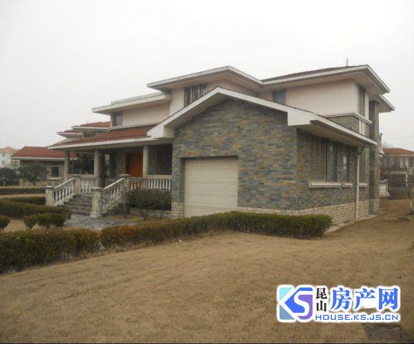 巴城板块克拉水城独栋别墅占地1.5亩产证460平米三面邻水1050万低级急售
