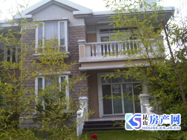 阳澄湖畔 费尔蒙酒店旁 天使湾 独栋别墅 客厅挑高 诚心出售