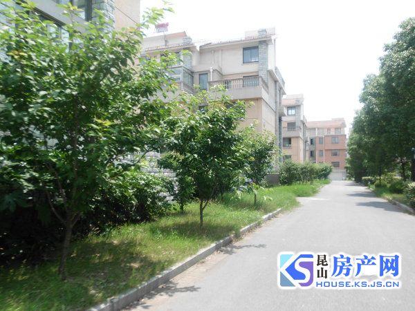 张浦鸿禧山庄 大双拼别墅 花园200平 已扩建毛坯 可看实房