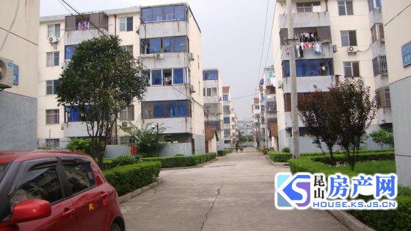 低于市场的学区,张浦镇中心,浦西新村80.9平,总价65万,买到就赚!