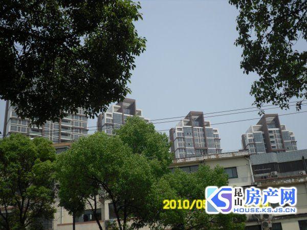 珠江新村,117平米南北通2房,纯毛坯,di于市场价,换房急卖