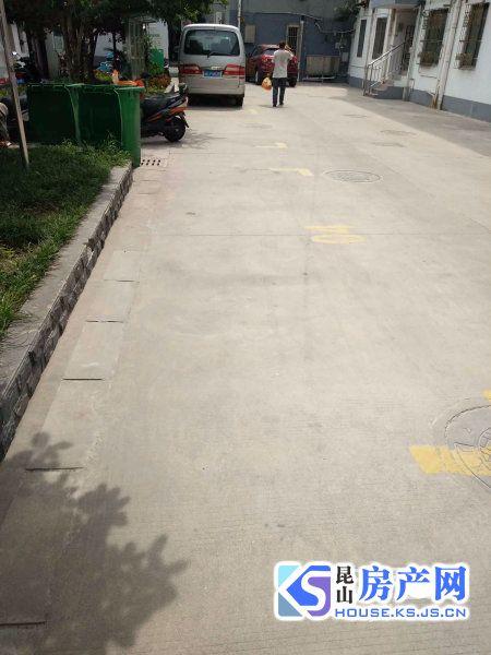 亭林路194号小区 玉峰加二中 学区可用 房源真实 看房方便