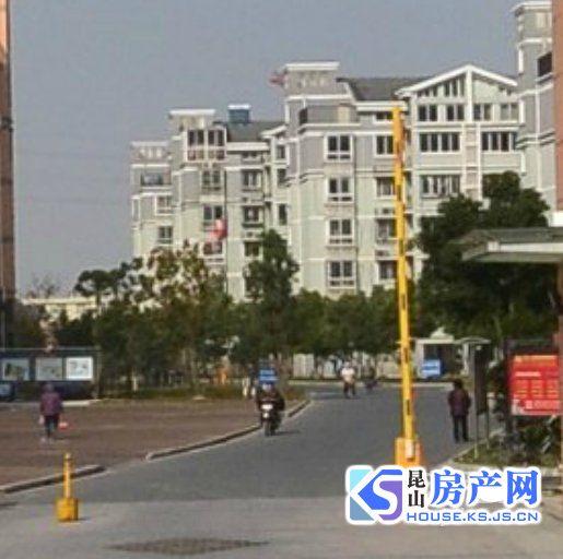 黄浦家园 首付60万 买新镇双学.区 毛坯大三房送大车库 性价比超级高的一套房子
