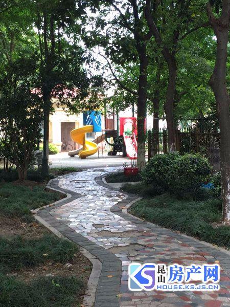 雍景湾西苑 精装 5房5房 3000月